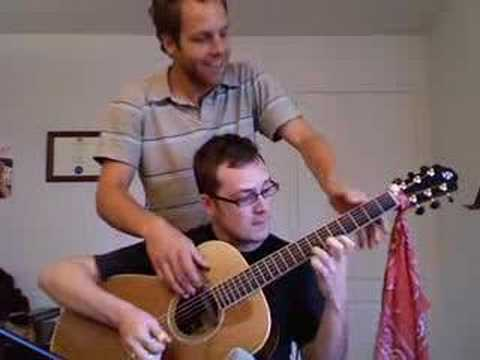 1つのギターを2人で弾くギター演奏が素晴らしい