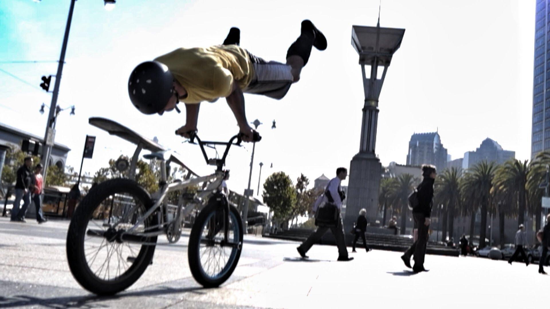 自転車とパルクールを組み合わせたバイクパルクールが格好良い!