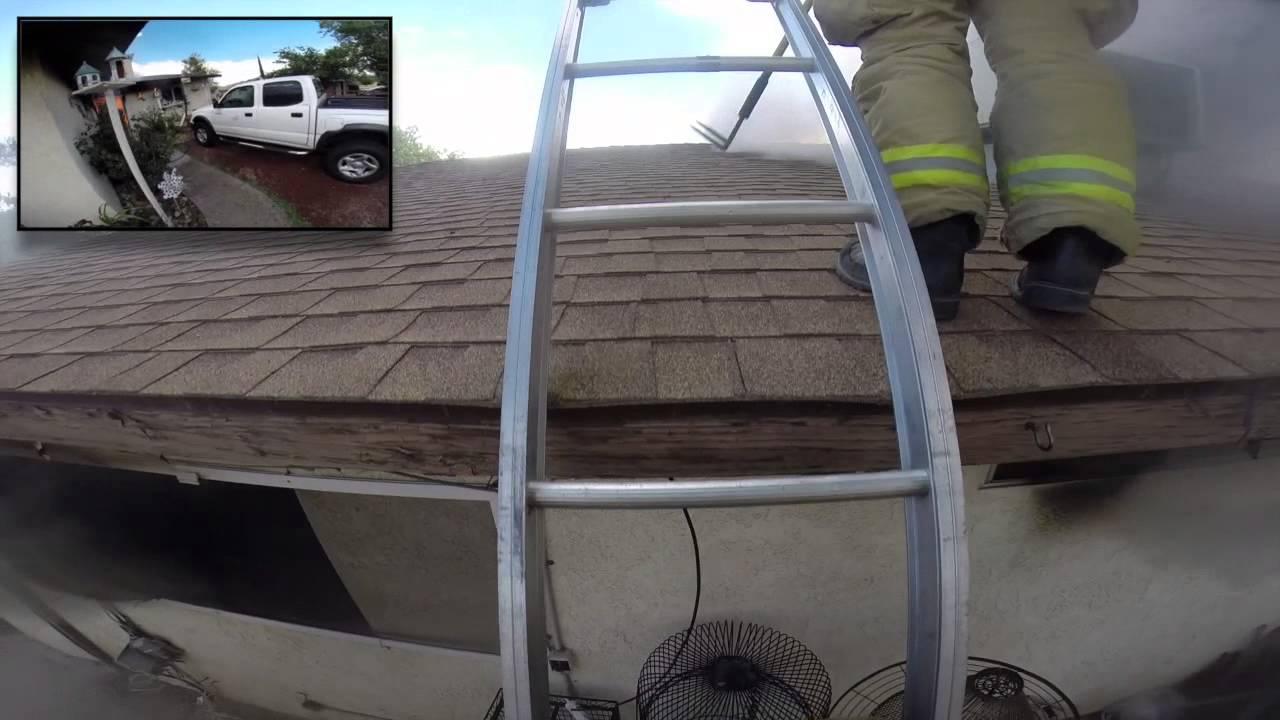 これは恐ろしい……消火作業を行う消防隊員視点の動画