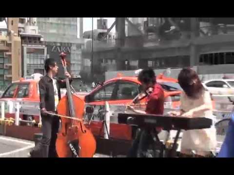 路上でのバイオリン演奏がすごすぎる!