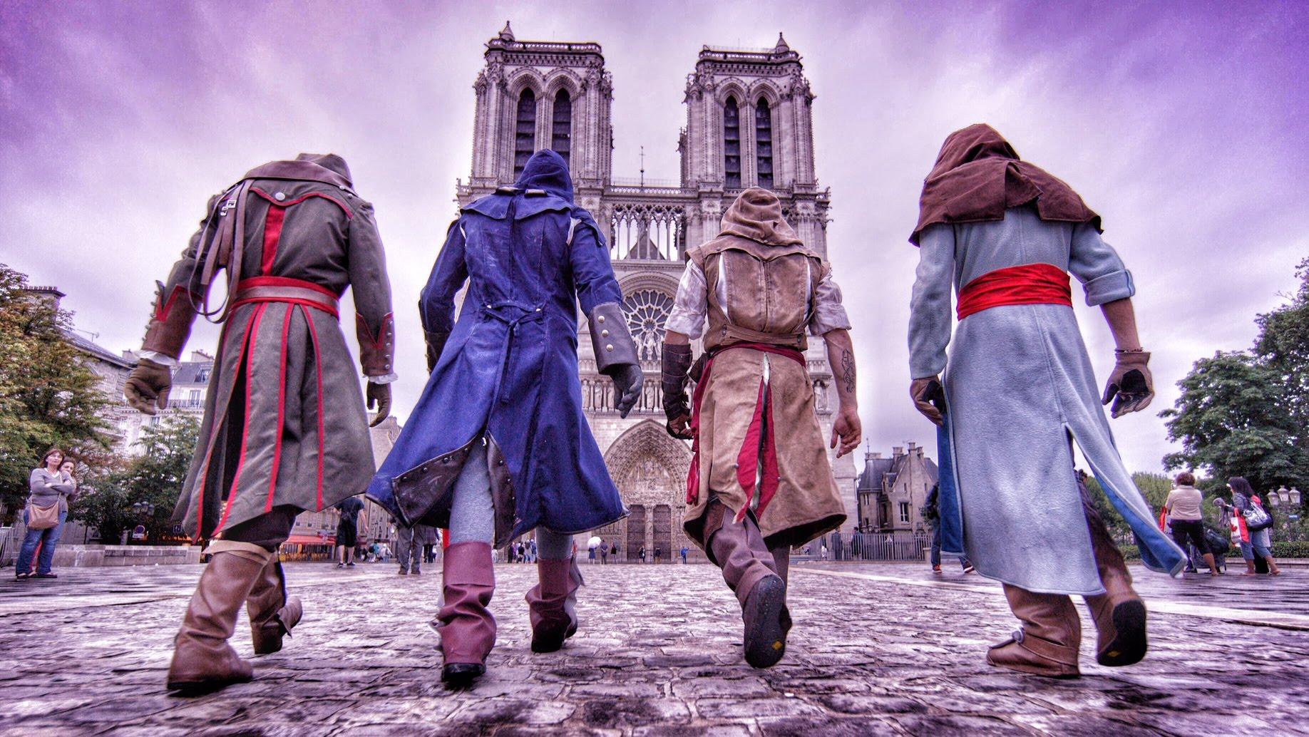 リアルアサシンクリード! パリの街をコスプレしてパルクールで駆け抜ける動画