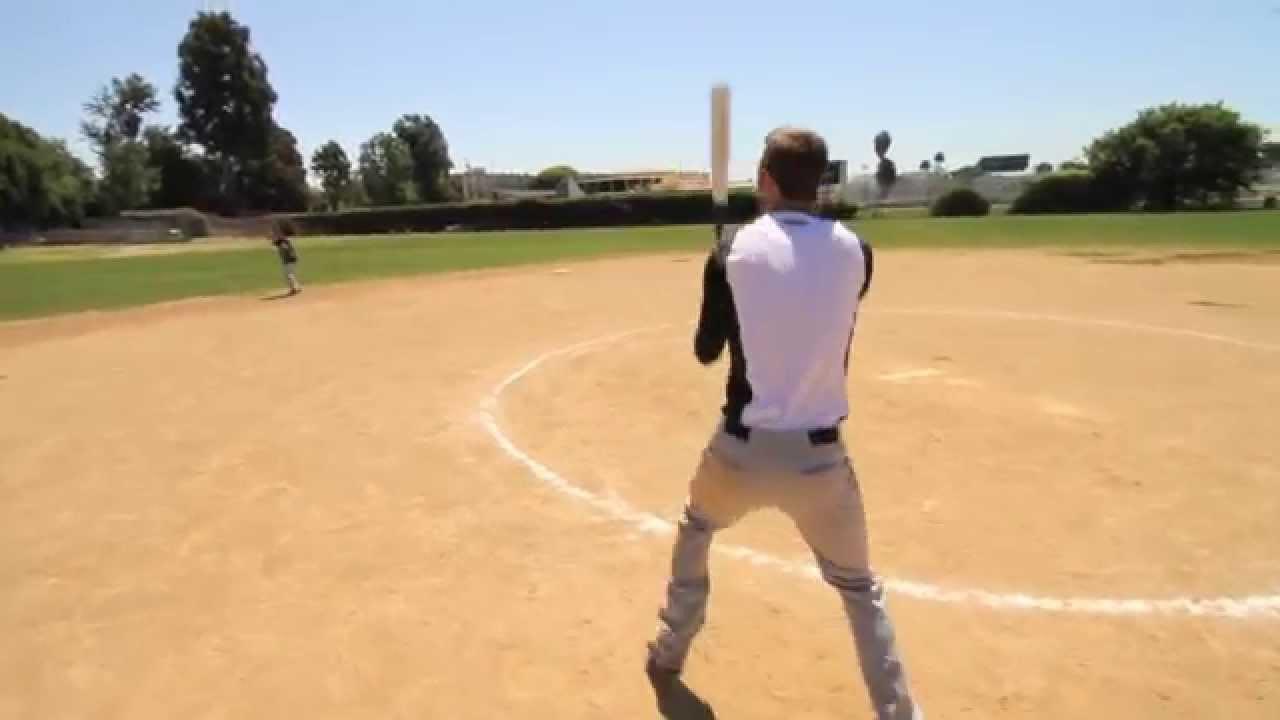 【神技】バットで野球のボールをラリーする動画