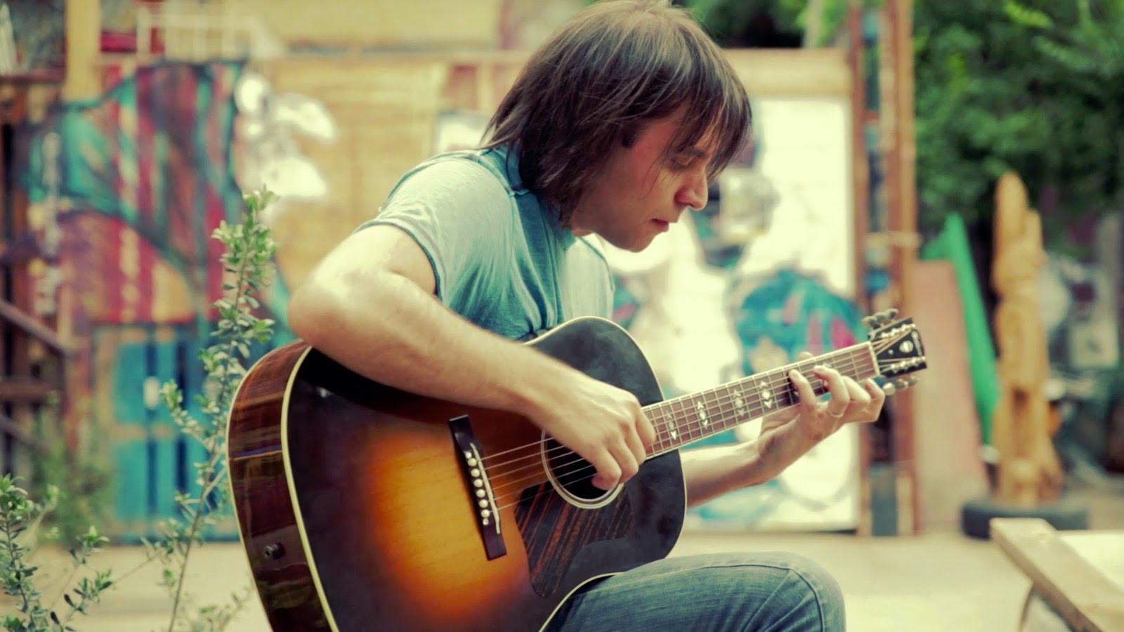 アコースティックギターでマイケルジャクソンのBeat itを再現!