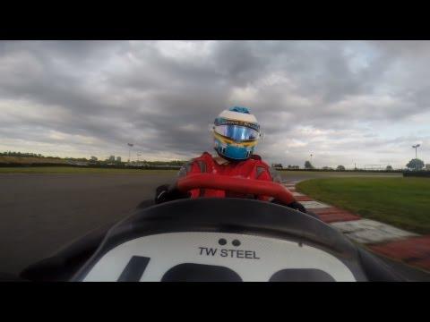 F1トッププレイヤーがカートレースに参加するとどうなるか