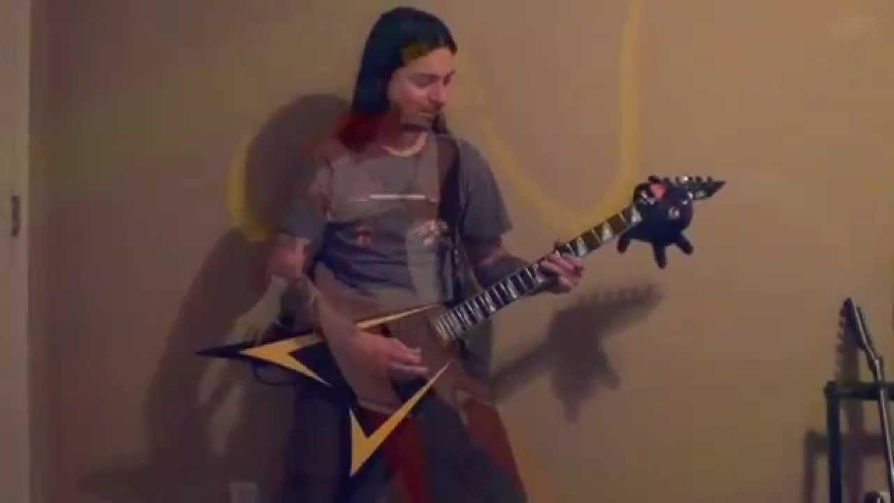 セーラームーンのOP曲をヘビメタ風に演奏した動画が超格好いい!