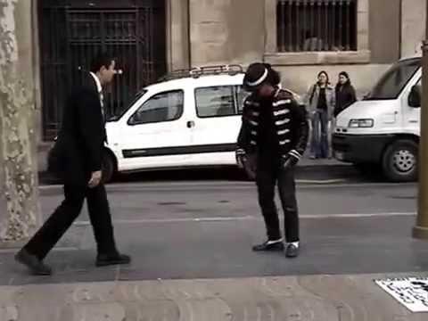 サラリーマンvsマイケル風ダンサーのダンスバトル!