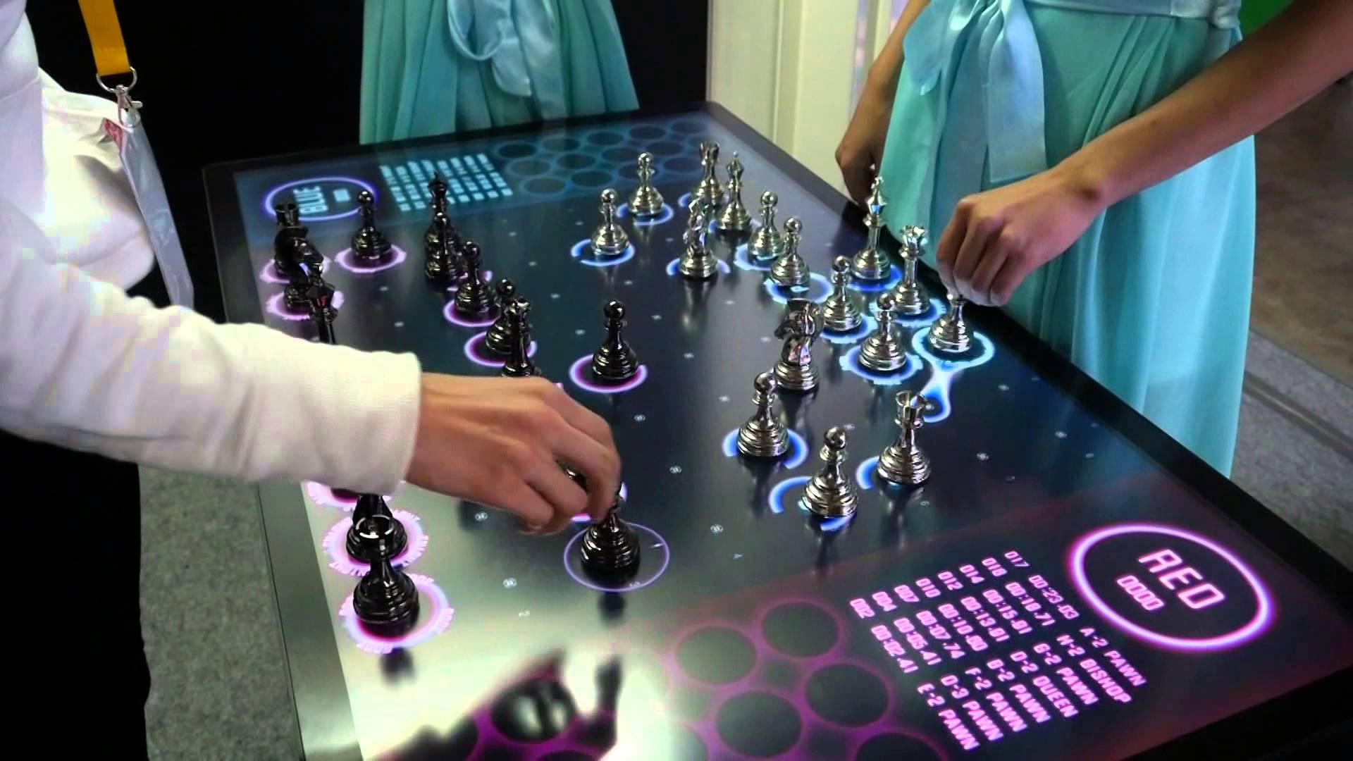 ターン制はもう古い! リアルタイムバトル式のチェス