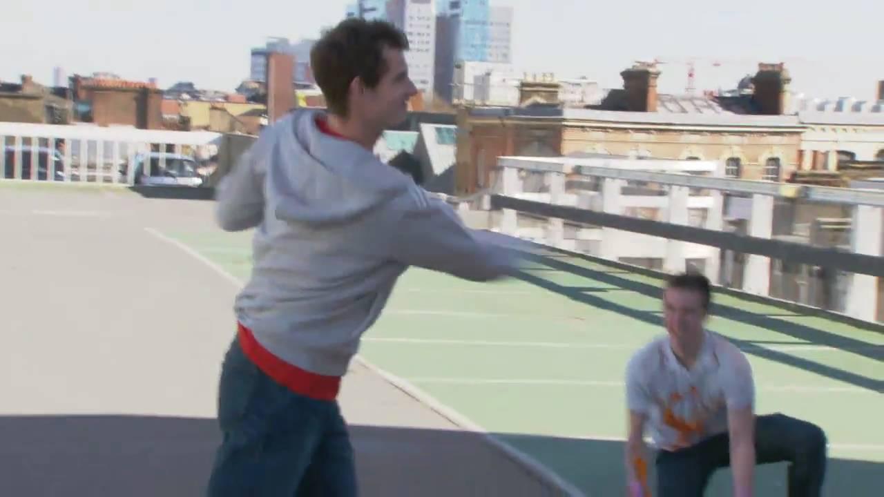 プロテニス選手のストリートテニスが神技級!