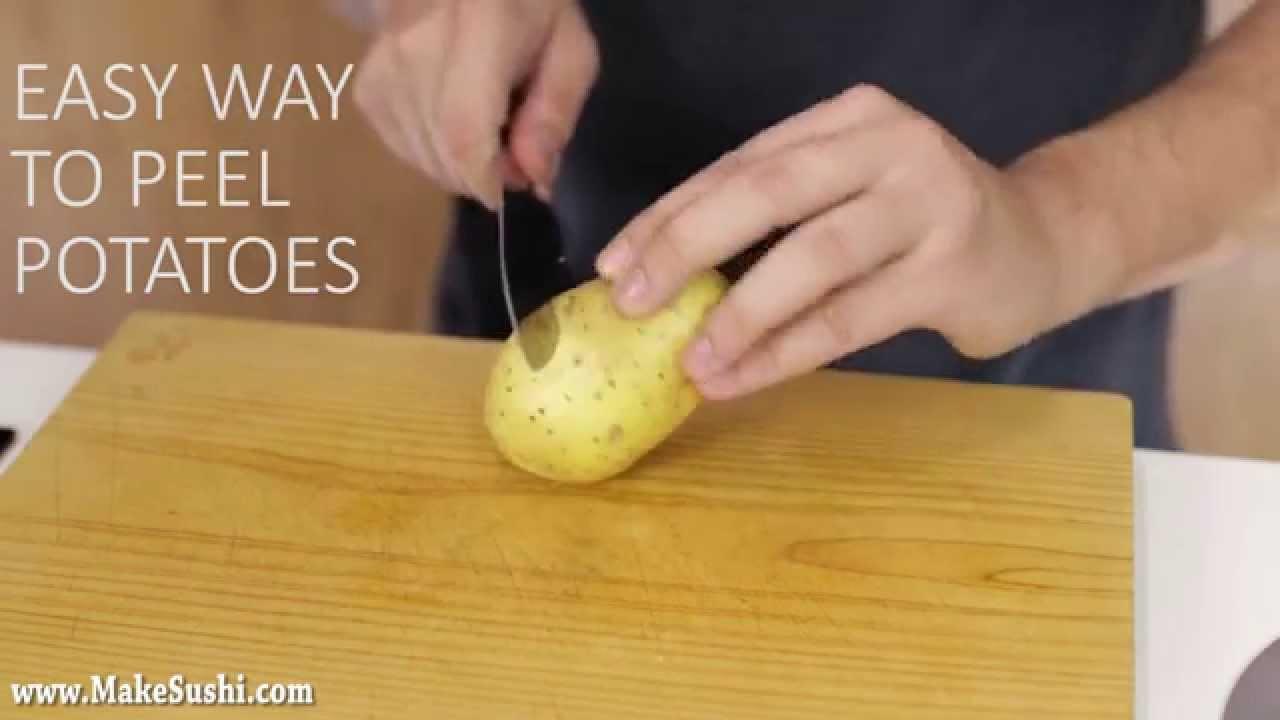 ピーラー不要! 簡単にジャガイモの皮を剥く方法