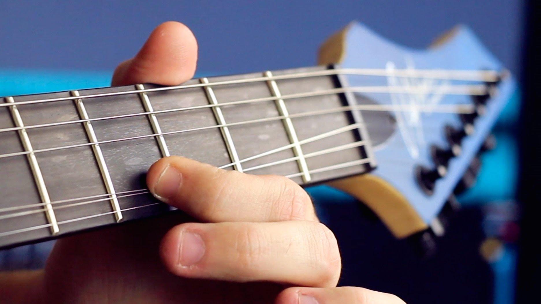 本格的! 一つのフレットでヘヴィメタルを演奏するスゴ技