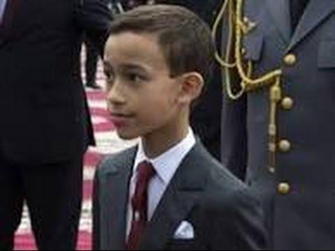 モロッコの王子が頑なに挨拶のキスを避けるシーンが面白い