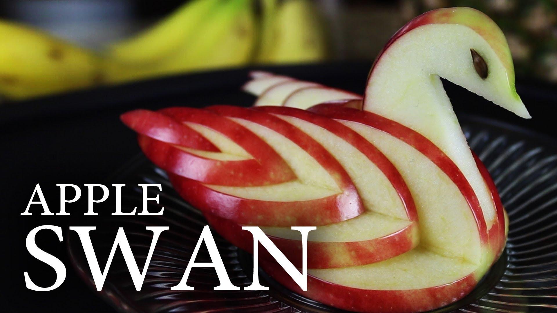 意外と簡単にできる! リンゴで作る白鳥