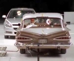 50年でこれだけ違う、自動車の衝突安全性能