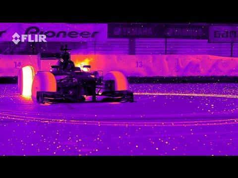 どれだけ熱を発しているのか……F1カーを赤外線カメラで撮影