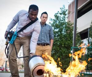 音波を用いて消化する消火器が画期的!