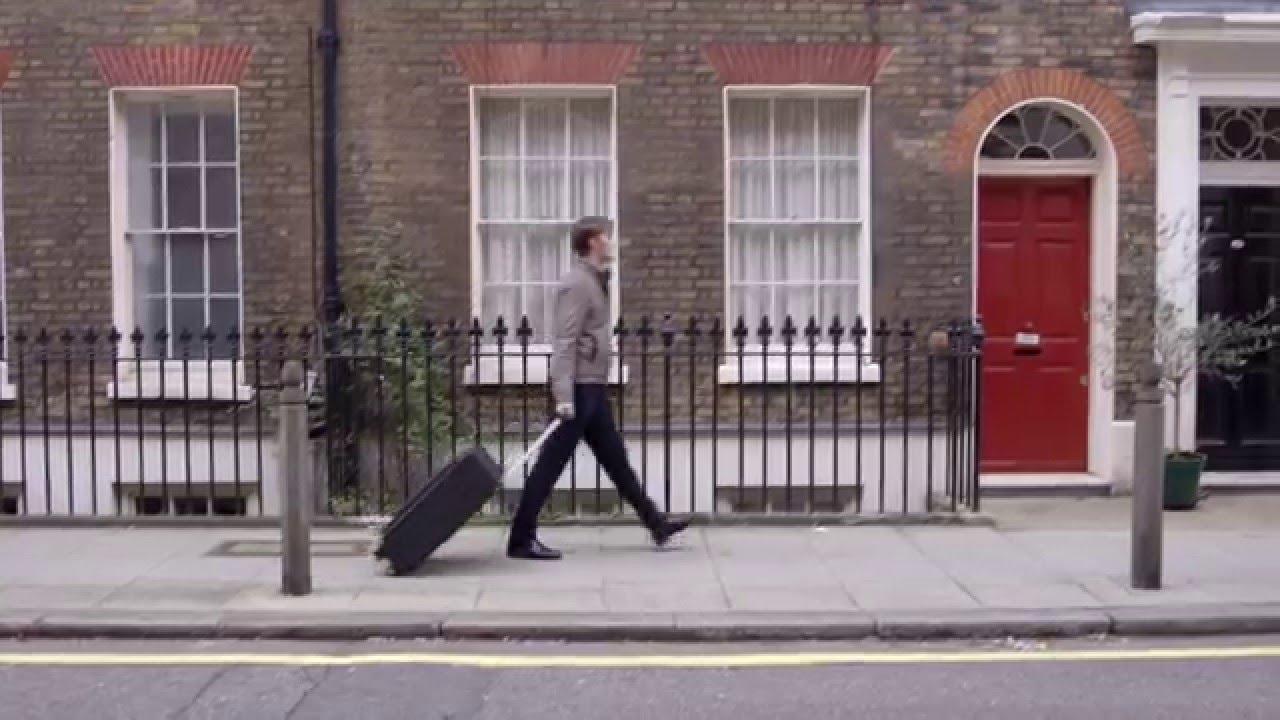 素晴らしいアイデア! 折りたたみ可能なスーツケース