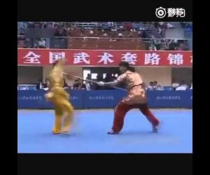 【衝撃格闘動画】地獄のようなスピード対決!! 中国槍術の目にも止まらぬ速さが人間ワザとは思えない / 30秒で100回刺す